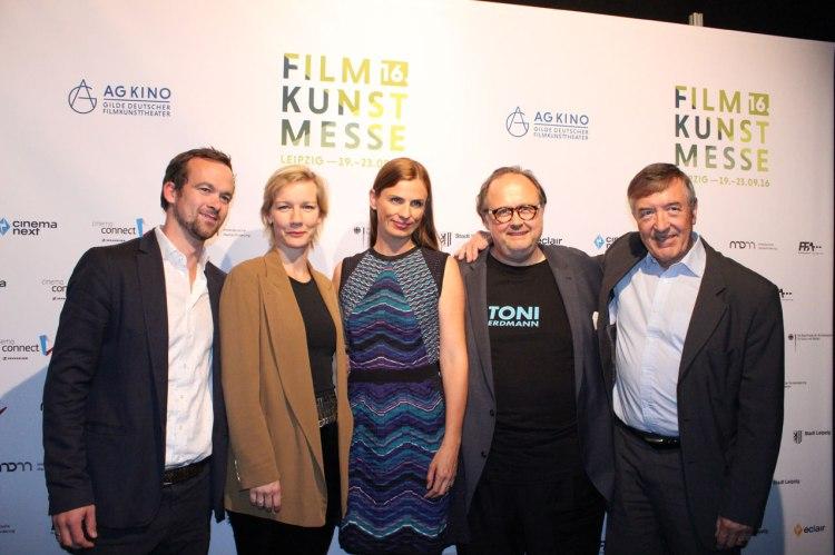Team von Toni Erdmann mit Produzent Jonas Dornbach, Schauspielerin Sandra Hüller, Produzentin Janine Jackowski und NFP-Verleihchef Christoph Ott